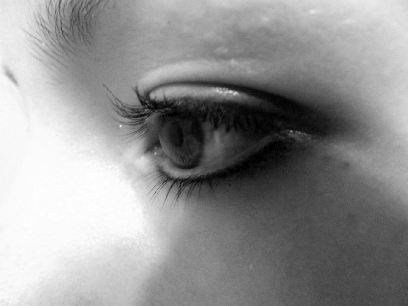 girls_eyeball_194769